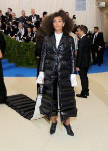 Met gala 2017 roter Teppich best dressed Kleider Promis Solange