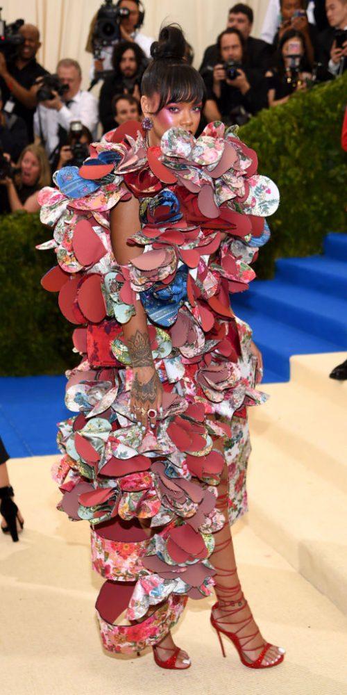 Met gala 2017 roter Teppich best dressed Kleider Promis Rihanna