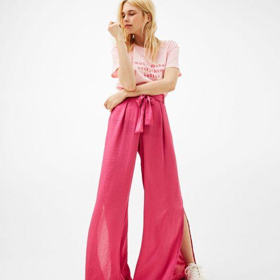 <b>Fuchsiabsarbene Paperbag Pants</b> von Bershka,<br>ca. 20 Euro