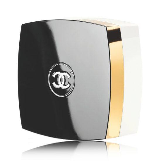 "<b>""Körperpuder No.5""</b>, Chanel über Douglas, ca. 73 Euro"