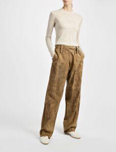 <b>Pants aus Veloursleder </b>von Joseph, <br>ca. 780 Euro