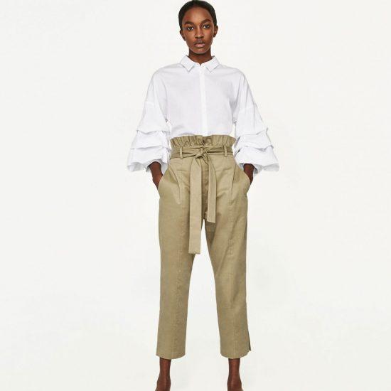 <b>Khakifarbene Paper Bag Hose</b> von Zara,<br> ca. 50 Euro