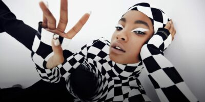 Die neue Pop-Punk-Prophetin: Im Talk erklärt Willow Smith, warum sie Nostalgie in neue Kraft umwandelt